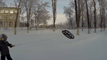 Droneboarding is now a thing because of course it is https://t.co/KQGrSFH2E1 https://t.co/Hde5JlYpfX