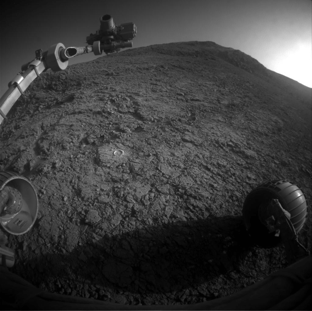 Congrats to @MarsRovers Opportunity! 12 years into a 90-day mission, still doing science. https://t.co/9xFYDbdqc5 https://t.co/S378xi0Iv3