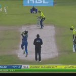 SIX! Afridi gets a length ball and goes straight. https://t.co/DEtf2gTJSw #PSLT20 https://t.co/ecjGIxtV3b
