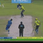 FOUR! Sammy inside edges the last ball towards the fine leg boundary. https://t.co/DEtf2gTJSw #PSLT20 https://t.co/jjuQnPQJxb
