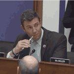 Oh my God, a U.S. congressman just vaped while legislating https://t.co/IkMIwxE9Hg https://t.co/xpZT7iqq2r