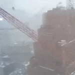 Video shows moment of NYCs #cranecollapse in TriBeCa https://t.co/0udENzYnnF (GIF = 400% speed) https://t.co/Cq7E3tGKu3