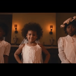 Blue Ivys all smiles in Beyoncés powerful new video for #Formation: https://t.co/qYEpQvemmX https://t.co/TsQClSp5nm