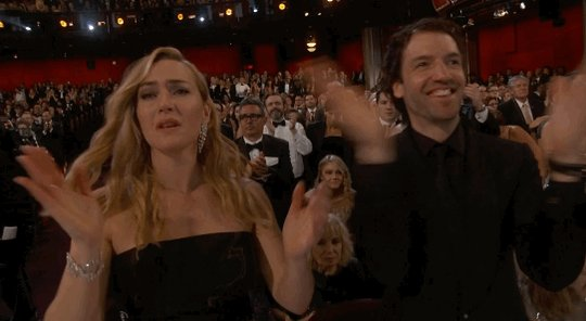 Enhorabuena @LeoDiCaprio #Oscars merecido por toda su trayectoria y grandes películas en estos años! Ya era hora