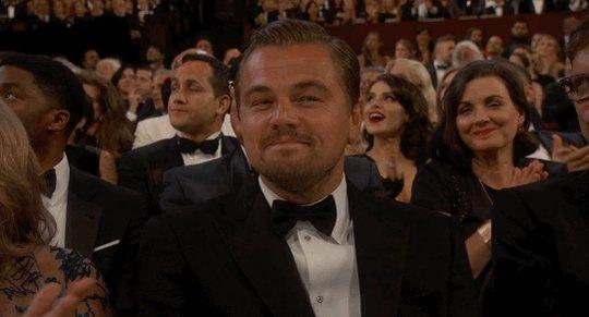 Leonardo DiCaprio deja olvidado su Oscar en un restaurante. Sí, sí, como lo lees. https://t.co/0GOCnqqHPf https://t.co/fDBbUyg0Fn