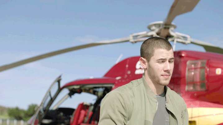 That @nickjonas sure knows how to make an entrance! #VSSwimSpecial https://t.co/CaP1Z7DKoP