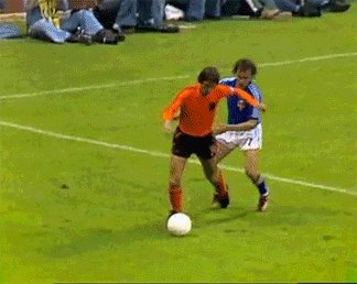 RIP Johann Cruyff - epitome of Total Football & the inventor of the first move that every schoolboy tries to master https://t.co/MLmA8ZM5X8
