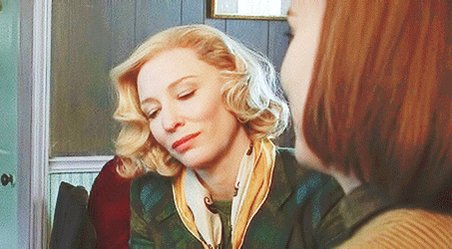 The way Carol looks at Therese https://t.co/CQPjlUMZRW