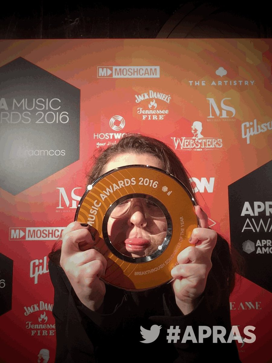 Winner of Breakthrough Songwriter of the Year  @alexhopemusic. Congrats! #APRAs https://t.co/EXBufQbeFu