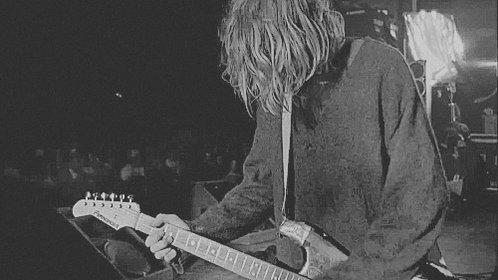 22 years ago we lost the voice that shaped a generation. Rest in power, #KurtCobain. ❤️ https://t.co/qPTLGbu2Km
