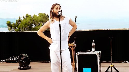 RT @SimoneBylle: @30SECONDSTOMARS @JaredLeto Happy #InternationalDanceDay. wiggle wiggle ???? ???? ???? https://t.co/yOIQJRKkLT