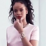 """Rihanna gave SZA her first ever UK Charts entries with """"Consideration"""". (peak #88) https://t.co/c8eK1l5sJ5"""