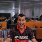 How would you react if you won a chance to bowl to @RCBTweets? Boomerang us with a witty line to win! #KFBowlOut https://t.co/NokXBjD2Tp