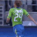 Igual es una de las mejores celebraciones de goles que se han visto... https://t.co/TLlaxYiiov