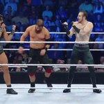 How REAL MEN do it! #SmackDown #TheVaudevillians https://t.co/Z6h1vIXTz0