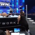 And he just couldnt help himself..... #SmackDown @fightowensfight https://t.co/toqrYm7rRp