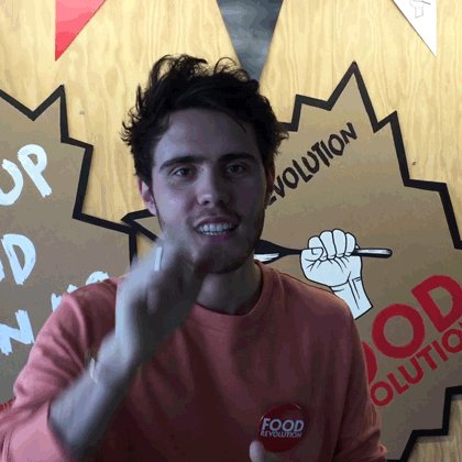 An important message from @PointlessBlog! Click here to sign up https://t.co/pqjMNyzfhS #FoodRevolution https://t.co/gMtaOEgK8W