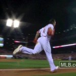 Forget about dropping the mic, how about tossing the helmet! #STLCards https://t.co/KjAoZ6rKiX