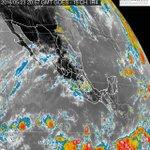 Para esta noche se prevén lluvias muy fuertes en #Chiapas y fuertes en 11 estados de #México https://t.co/NkQYqoglzg https://t.co/rvDdbZjMLD