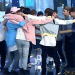 Lets keep going on and making history ???? #1YearWithSEVENTEEN #5월26일_짠하고_나타난_세븐틴 [GIF credit to owner] https://t.co/tlYPGfnUUt