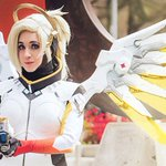 The best Overwatch cosplay https://t.co/Eo7ugX3I5N https://t.co/cOyDWxYvMj