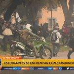 📱#T13Móvil | Impactante registro de Carabinero que recibió piedra y cayó e su moto https://t.co/HbqEJyVW6S https://t.co/7rybTQiJfX