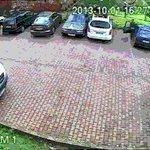 o jeito mais fácil de tirar um carro do estacionamento https://t.co/pynV157sj0