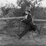 Conservative party member pictured on his way to vote on #SameSexMarriage at #cpc16. #Cdnpoli #wpg2016 https://t.co/csSJ03TSx0