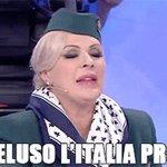 Io vorrei dire una cosa allarbitro. #ItaliaSpagna #Unieuropei https://t.co/DExA8G4ybD