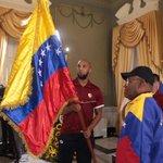 RT PresidencialVen: #IMÁGENES Nuestros Basquetbolistas ya están abanderados ¡Venezuela con ustedes muchachos! #Sur… https://t.co/mCMncscAYD
