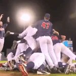 THEY DID IT! #CWS Finals, here come the cats! #BearDown #OmahaIsWildcatCountry https://t.co/ve4dQvrHwi