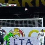 Lo mejor de Colombia en esta Copa América. DAVID OSPINA [ vía @UnivisionSports ]  https://t.co/s40uT0x8Ny