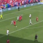 Et sinon, ce but méritait bien un GIF. #Shaqiri #SUI #EURO2016 #SUIPOL https://t.co/XWV3g1pmCh