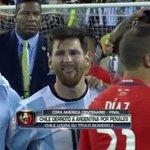 #ARGvCHI: Messi no para de llorar tras la derrota de Argentina. #CopaAmerica https://t.co/Rqgt6wHbQ6