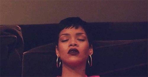 #RihannaFANdemonium (RT TO VOTE) https://t.co/qTa0bJ1aEj