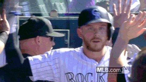Happy Friday @Rockies It's #StoryTime High Fives from #OutlawsNation https://t.co/JPqQqOhuLe