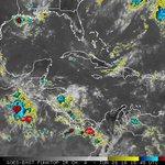 7:30pm #OndaTropical_7 en el Golfo de #Tehuantepec con tendencia a desarrollar un #DisturbioTropical. @NHC_Pacific https://t.co/yXFFEWClc5