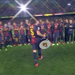 CLASSIC: When Alex Song thought Carles Puyol wanted to lift the trophy with him. https://t.co/O8noN00w44