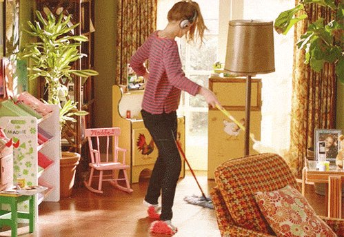 Our #LOndon cleaners may not be #dancing while cleaning but you definitely will when you see the results. https://t.co/SqiXEYNwEO