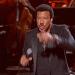 Anyone fancy going to see @LionelRichie today. Two tickets if you RT this. Winner announced by 12 https://t.co/fAbUt3pnc2