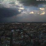 Así se desarrolló el tormentón esta tarde al Oriente de la Ciudad de México #CDMX, vista Torre Latino. GIF: https://t.co/bP3ruILUjv