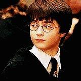Oye no estas grande para emocionarte por Harry Potter... https://t.co/OISDnvaJUn