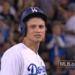 Chase Utley scores on an RBI double from @coreyseager_5! #Dodgers now lead, 9-7! 👊 https://t.co/Rc3N9z2B6n