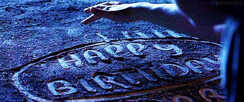 Hoy Harry Potter cumple 36 años. ¡Feliz cumpleaños Harry Potter! ⚡️