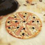 a pizza infinita tá passando pela sua timeline https://t.co/5q7UWnDHpM