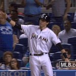 Yell for Yelich because this game is TIED!!! 👏👏👏 #LetsGoFish https://t.co/G53adeGGiy