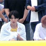 i thought this was a cute moment of sekai having bro-to-bro talk until sehun did that byE https://t.co/bViDsgle6d