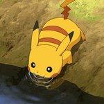 pikachu se hidratando esta passando pela sua timeline pra te lembrar de beber agua https://t.co/hlmgDJSvUD