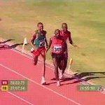 選手より速いカメラマンwww   https://t.co/XOz7tIW3wv
