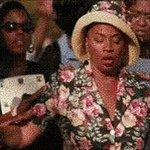 Cuando @drake dice que está enamorado de @rihanna desde que tiene 22 años #VMAs https://t.co/j0G59xxlkJ